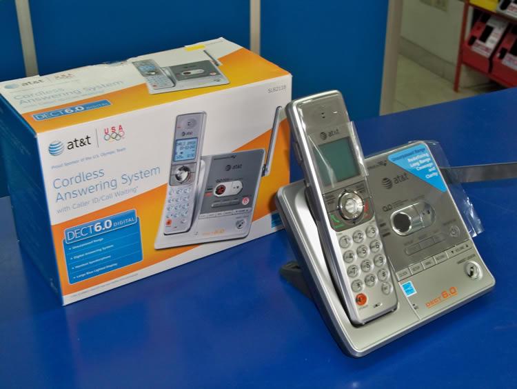 Caja Original - AT&T SL82118 Kit Diadema Inalámbrica con Teléfono