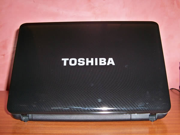 Tapa Pantalla -   Toshiba L645D SP4015L Usado