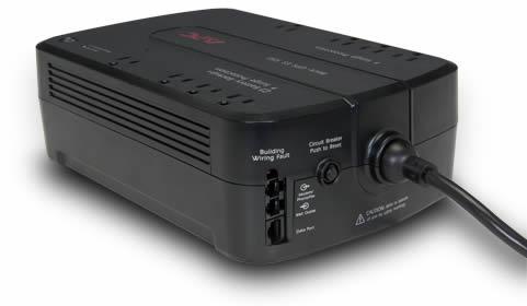 Vista Posterior - APC BE550G-LM 550VA