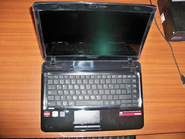 Vista Teclado -   Toshiba L645D SP4015L Usado